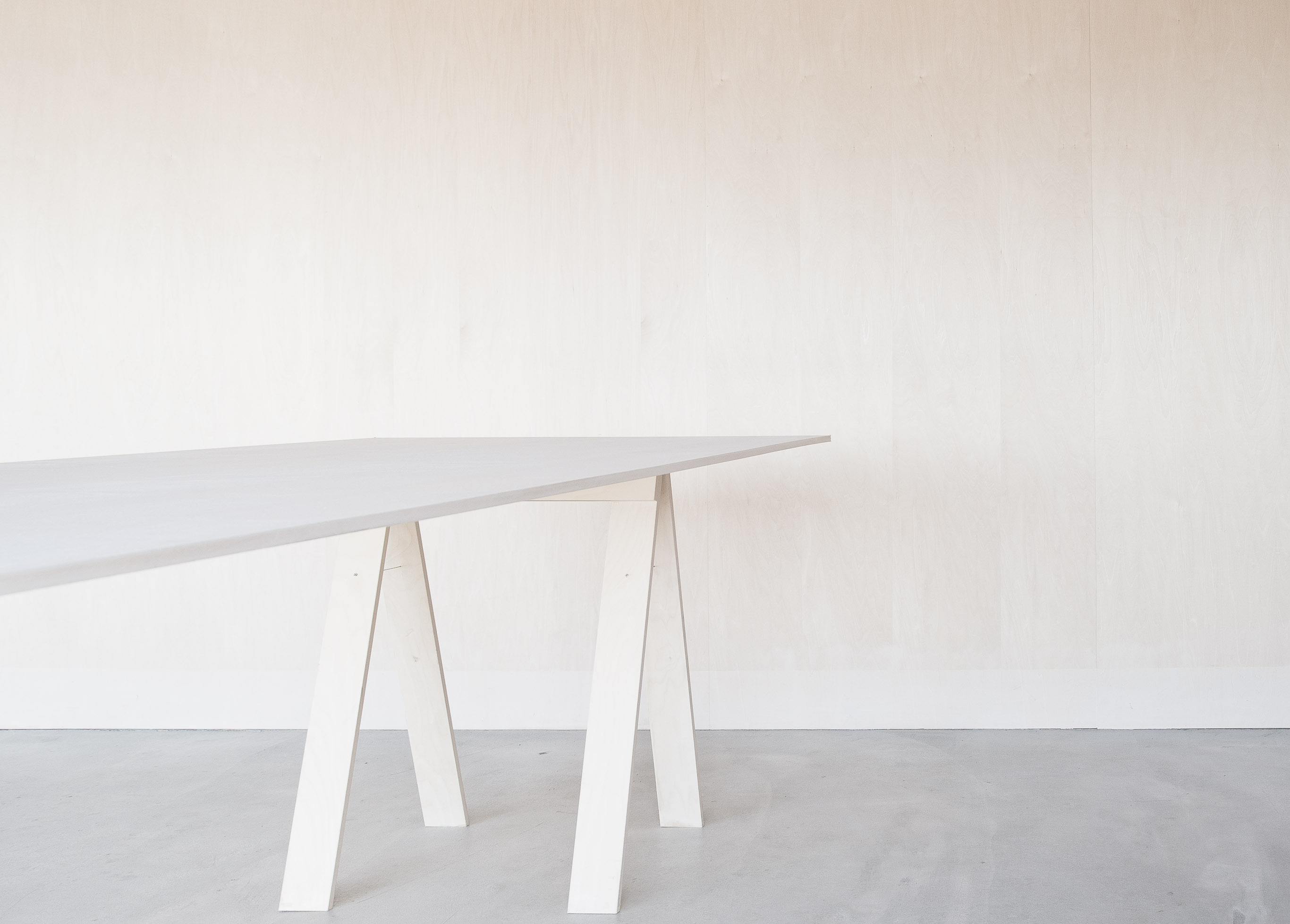 合板テーブル / Folding Table made of one plywood